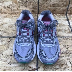 Brooks Ghost 8th Edition Women's Shoes Sz 11 Gray